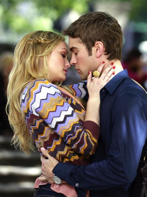 Gossip Girl Set Photos: Nate and Charlie Kissing! - TV Fanatic
