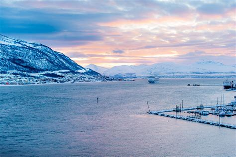 These 15 Photos of Tromso During Winter Will Get You Out