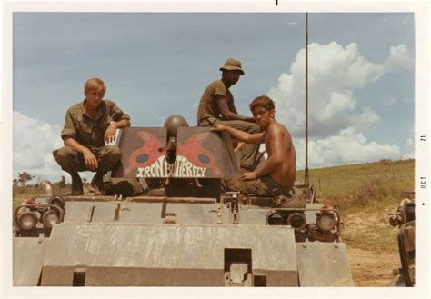 """M113 acav 1/10th Cavalry """"Buffalo Soldiers"""" , 4th Infantry"""